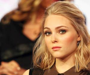 actress and Annasophia Robb image