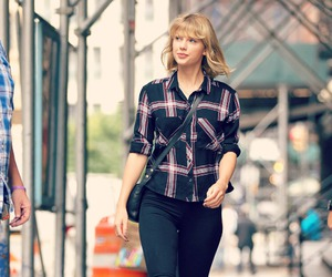 street and Taylor Swift image