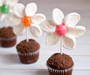 food, cupcake, and flower image