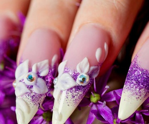 flower and nails image