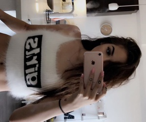 girls, maggie lindemann, and gorgeous image