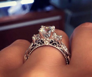 diamonds, gold, and ring image