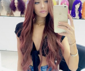 madison beer and wig image