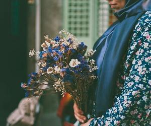 blue and hijab image