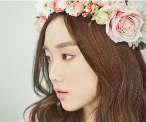 lee sung kyung, actress, and model image