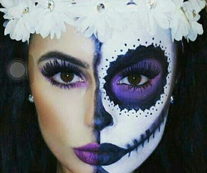 flores and catrina image