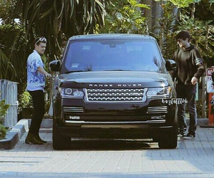 car, manip, and larry stylinson image