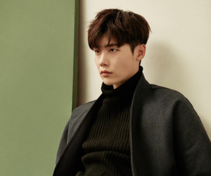lee jong suk, asian, and boy image