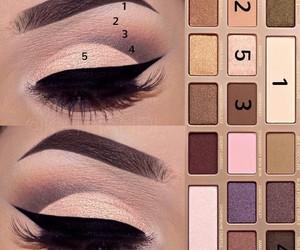 lashes and make u p image