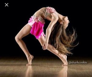 maddie ziegler, dance, and dance moms image
