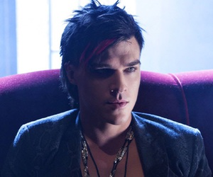 american horror story, finn wittrock, and ahs hotel image