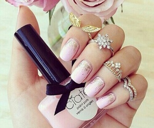 color, nails, and girl image