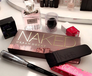 accessories, luxury, and makeup image