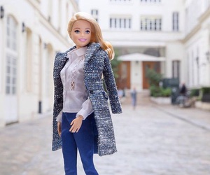barbies and in france image