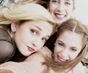 clara alonso, tini stoessel, and martina stoessel image