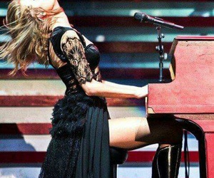 Taylor Swift, all too well, and red image