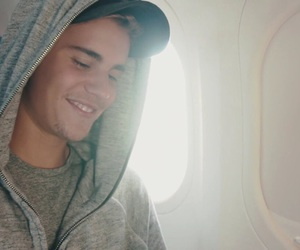 justin bieber, company, and smile image