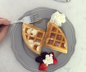 breakfast, cute, and chic image
