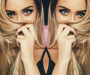 Queen and perrie edwards image