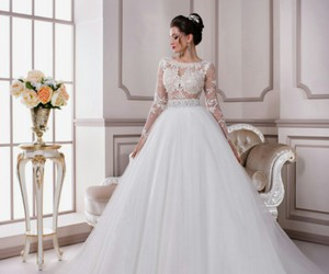 wedding dresses, lace wedding dresses, and beautiful wedding dresses image