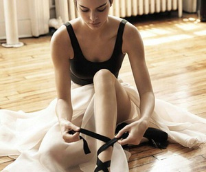 kendall jenner, model, and ballet image