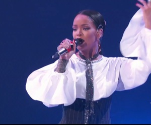 rihanna, global citizens festival, and global citizens image