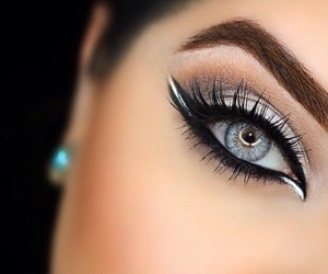 eye lashes, gorgeous, and eyebrows image