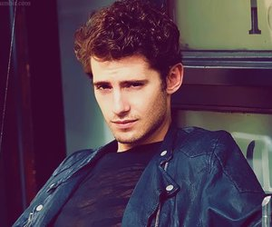 julian morris, sexy, and pretty little liars image