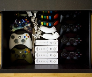 xbox, wii, and games image