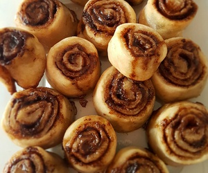 baking, Cinnamon, and cooking image