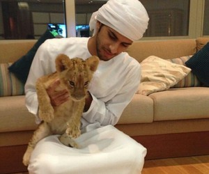 arabic, muslim, and emirati image