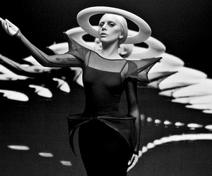 Lady gaga, photography, and Queen image