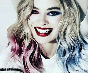 margot robbie, harley quinn, and suicide squad image