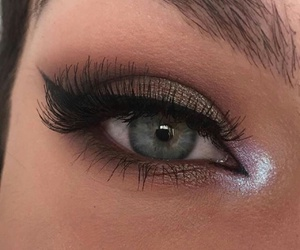 makeup, eyes, and lashes image