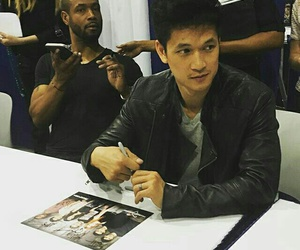 actor, shadowhunters, and black image