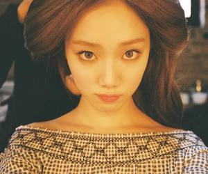lee sung kyung, model, and kdrama image