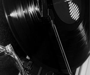 alternative, grunge, and recordplayer image