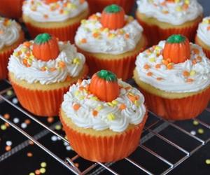 cupcake, Halloween, and food image
