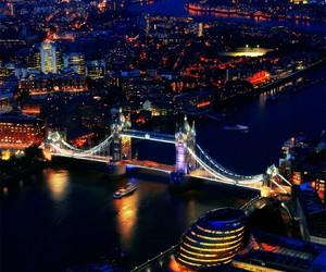 london, city, and night image