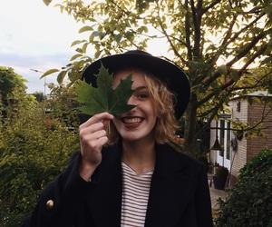 autumn, blad, and fashion image