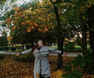 autumn, fashion, and leaves image