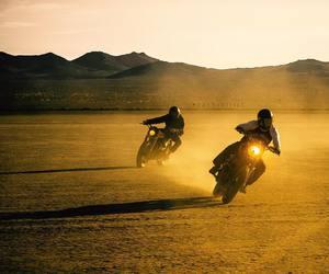 "zachiatrist:""Desert bound to do some more of this today-#croig #triumph #biltwell #ridemotorcycleshavefun #ironandair #zachiatrist (at El Mirage Dry Lake)"""
