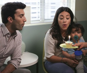 justin baldoni, gina rodriguez, and jane the virgin image