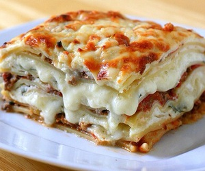 food, lasagna, and yummy image