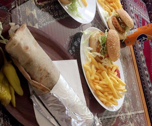 burger, food, and lahmacun image
