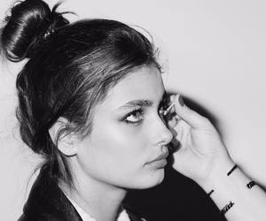 girl, taylor hill, and makeup image