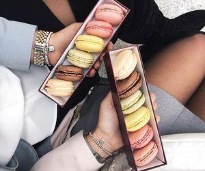 luxury and macarons image