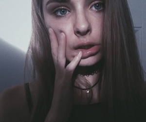 aesthetic, blonde, and choker image
