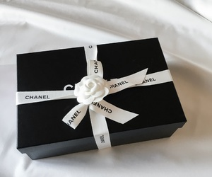 box, fashion, and chanel image