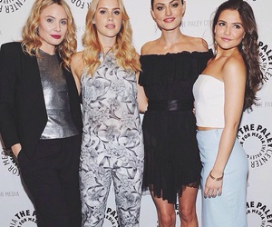 phoebe tonkin, claire holt, and leah pipes image